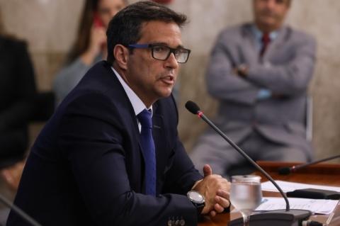 Para Roberto Campos Neto, economia brasileira dá sinais de recuperação