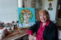 Zoravia Bettiol aproveita confinamento para produzir obras de sua nova série, 'Ícones'