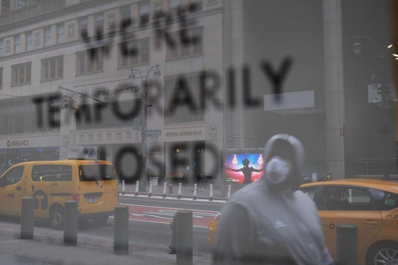 Apenas na cidade de Nova York, 20,2 mil pessoas morreram de Covid-19