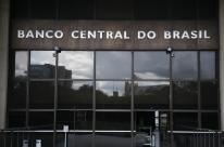 BC altera assinatura no câmbio e permite conta pré-paga em compra internacional