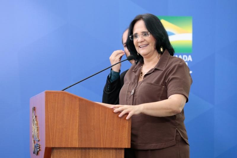Segundo agenda pública, Damares não tinha nenhum compromisso para justificar a ausência