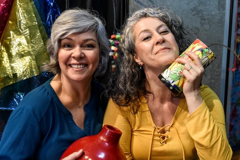 Nise Franklin e Cláudia Braga, do projeto musical Pitocando