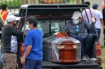 Equador tira 36 corpos por dia em casas de Guayaquil, núcleo do surto no país