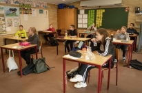 Prefeitura de Porto Alegre publica protocolos que regram volta do ensino presencial