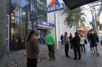 Projeto de lei responsabiliza bancos pela distância em filas