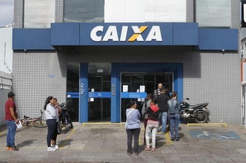 Caixa começa a pagar segunda parcela de auxílio emergencial