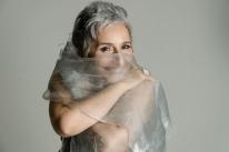 Simone Rasslan estreia formato virtual de shows do projeto 'Mistura fina'