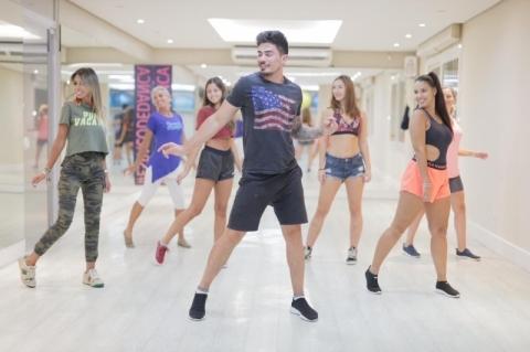 Aulas de dança online são opção para manter o ritmo na quarentena