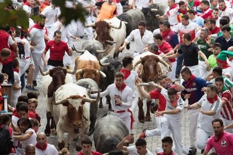 Devido ao coronavírus, Pamplona suspende tradicional festa de São Firmino