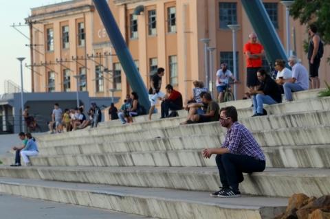 Porto Alegre libera orla, parques e praças para uso em todos os dias da semana
