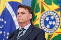Ex-assessor pagou em dinheiro por imóvel de Bolsonaro