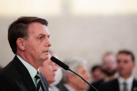Bolsonaro inclui indústrias e construção civil na lista de atividades essenciais