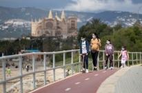 Espanha tem menor número de novas mortes em cinco semanas