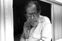 Eric Nepomuceno, em isolamento social, lança série 'Leituras na quarentena' na internet