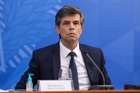 Teich exonera 13 do Ministério da Saúde; áreas estratégicas ficam esvaziadas