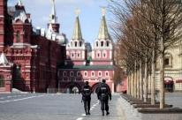 Rússia decreta fim do lockdown no dia que o país registra recorde de casos