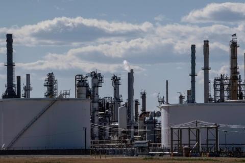 Petróleo fecha em alta de mais de 2% com aprovação de Fundo de Recuperação da UE