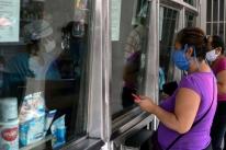 Maduro faz apelo à oposição por cessar-fogo e 'acordo humanitário'