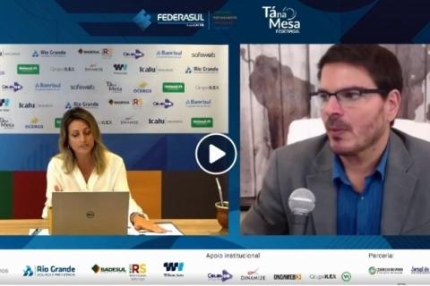 Rodrigo Constantino é o primeiro palestrante virtual do Tá na Mesa