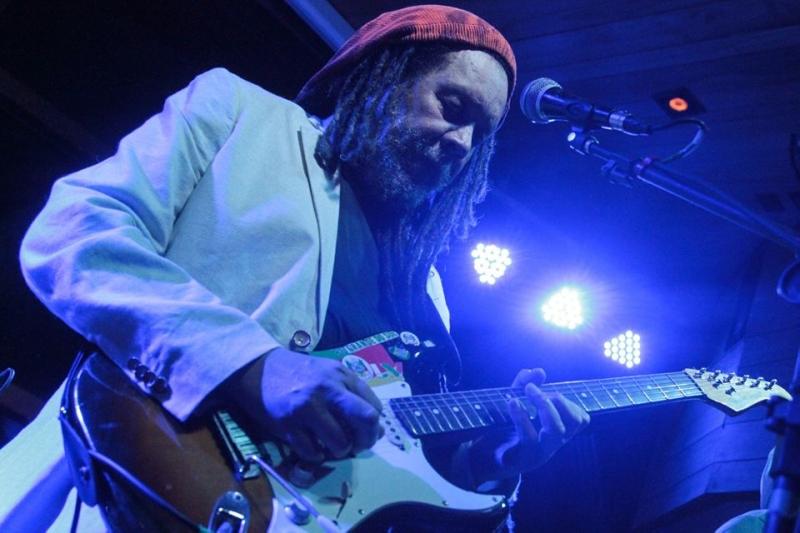 Luis Vagner nasceu em Bagé e teve projeção, além de conviver com grandes nomes da música