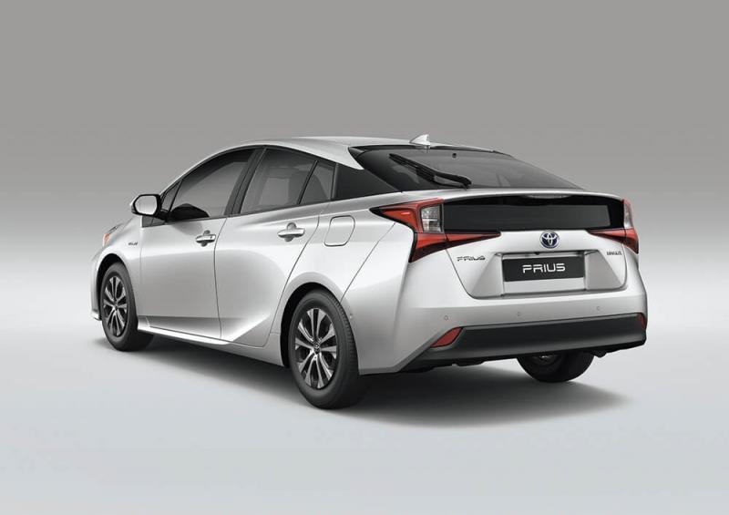 O compacto Prius foi o modelo que difundiu,inicialmente, a tecnologia pelo mundo