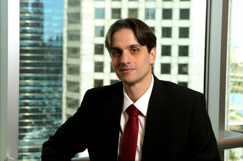Luiz Martha diz que empresas começam a mudar hábitos