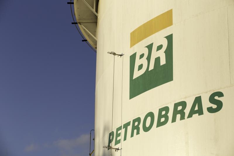 Economia - Bolsonaro indica general para presidência da Petrobras