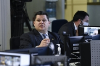 Sem acordo, Senado deixa MP que altera regras trabalhistas caducar