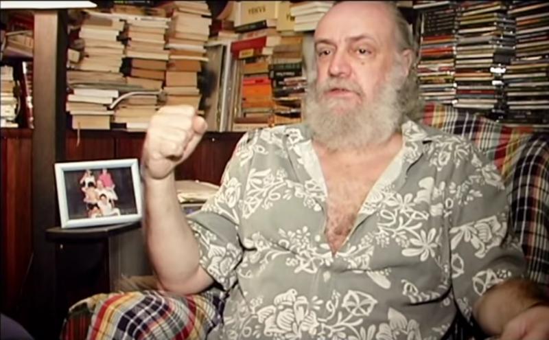 Maratona de shows antigos em homenagem ao compositor Aldir Blanc irá ao ar no sábado na TV Brasil