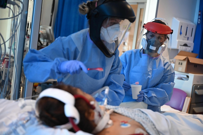 Coronavírus - Mais de 31 mil profissionais de saúde já foram ...