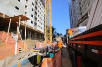 Construção civil de Porto Alegre vai voltar às atividades a partir de segunda