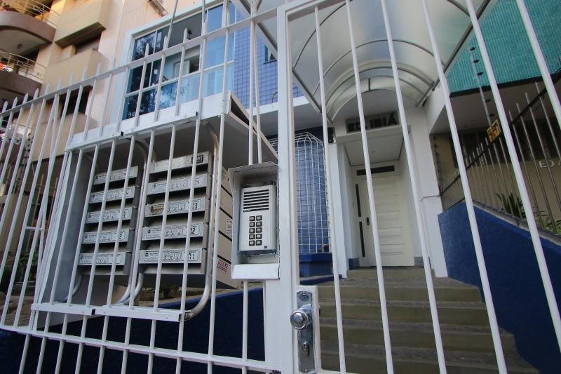 Churrasqueiras compartilhadas de condomínios devem continuar fechadas