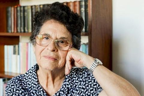 'Live de cabeceira' entrevista Maria Valéria Rezende