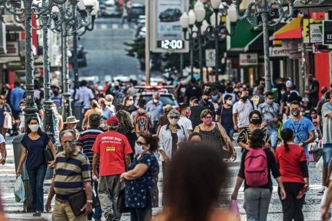 Brasil registra 6 milhões de casos de Covid-19; RS tem 3,4 mil novos registros