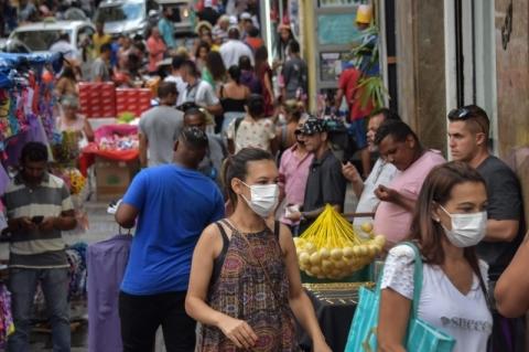 Com 816 novos óbitos, Brasil supera 15 mil mortes e passa Itália e Espanha em casos de coronavírus