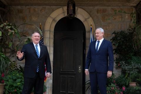 Em Israel, Pompeo pede cautela a novo governo