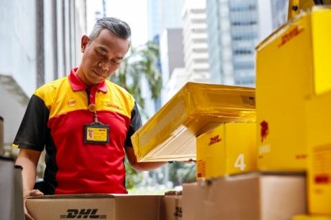 DHL Express anuncia serviços para auxiliar pequenos negócios