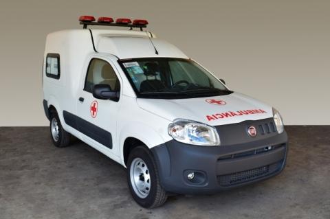 Fiat desenvolve versão ambulância do furgão Fiorino