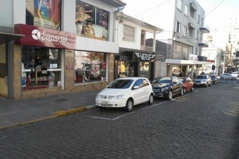 Um mês apos a reabertura, comércio do interior gaúcho ainda sofre com baixas vendas