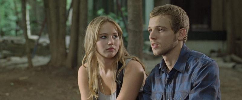 Jennifer Lawrence, alguns anos antes de vencer o Oscar, em cena do filme 'A última casa da rua', com Max Thieriot