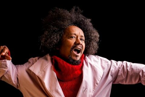 Chico César canta em live promovida pelo Instituto de Cultura da Pucrs