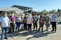 CUT-RS faz nova doação de cestas básicas