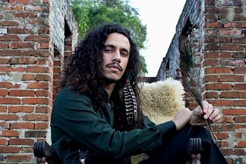 Pavão Negro lança EP 'Vulnerable' nas plataformas digitais