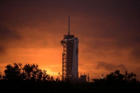Primeiro voo tripulado de nave construída pela Nasa e SpaceX é neste sábado