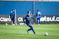 Matheus Frizzo comemora convívio com jogadores de qualidade