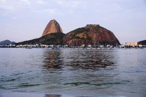 Justiça suspende flexibilização que autorizava volta do futebol no Rio