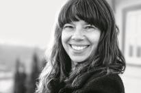 Veronica Stigger reflete sobre ambientes de escrita, dentro e fora de casa