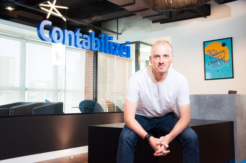 Startup conta com mais de 10 mil clientes e investimentos internacionais, diz Vitor Torres