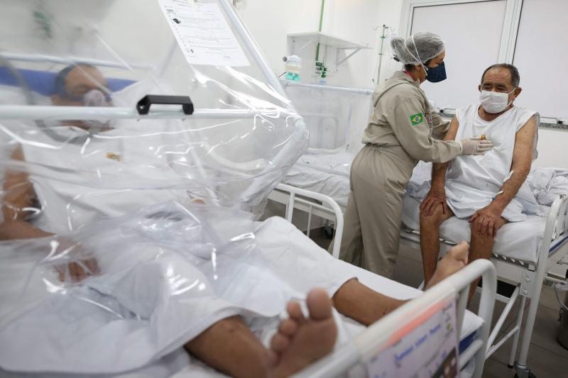 O Brasil tem mais de 57 mil mortes e quase 1,5 milhão de infectados pelo novo coronavírus