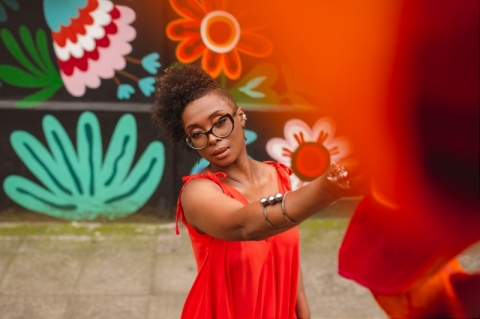 Eliane Marques e a fonte das palavras da mulher negra